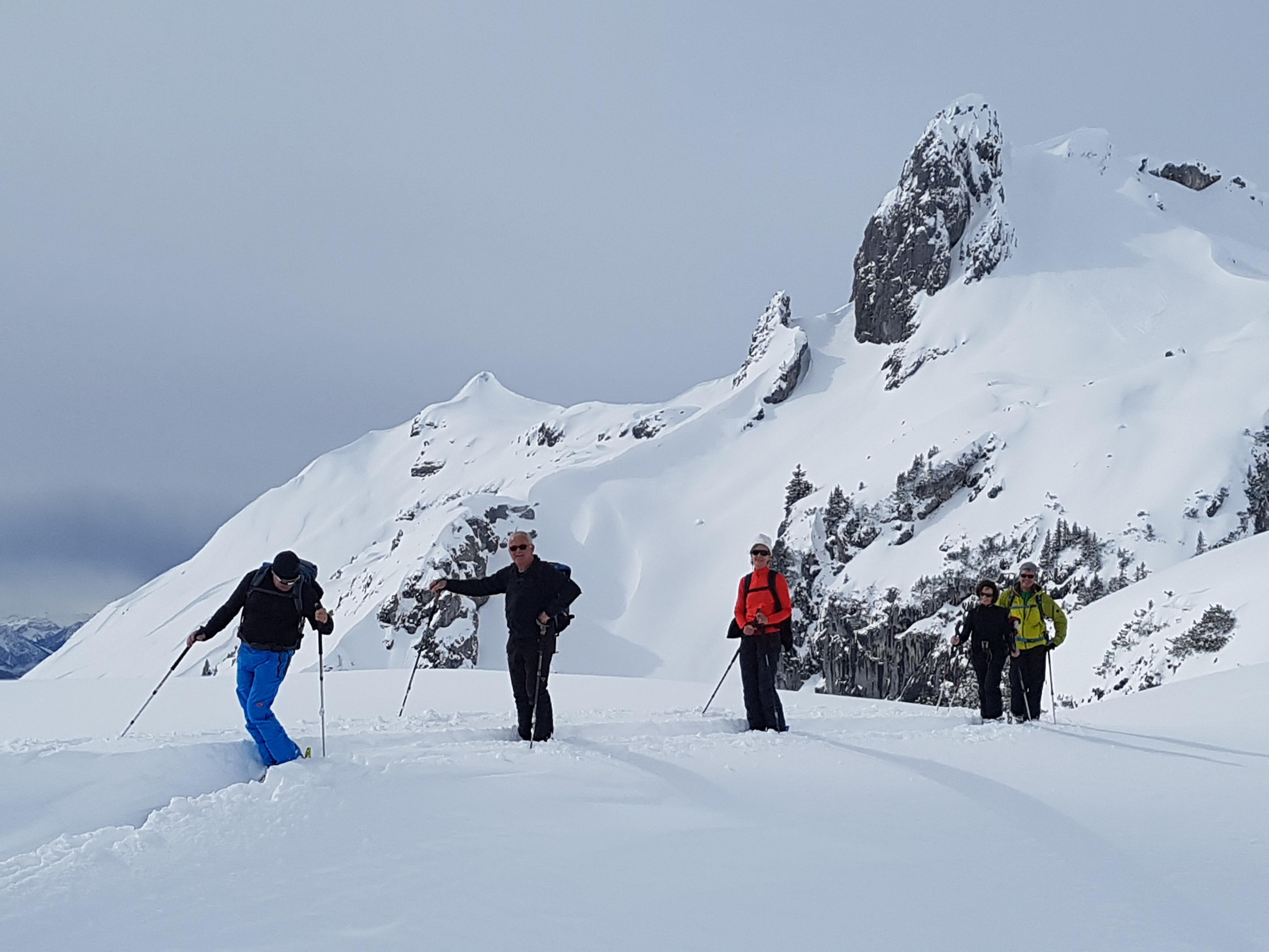 Skitouren ab Berghotel Schwarenbach-0