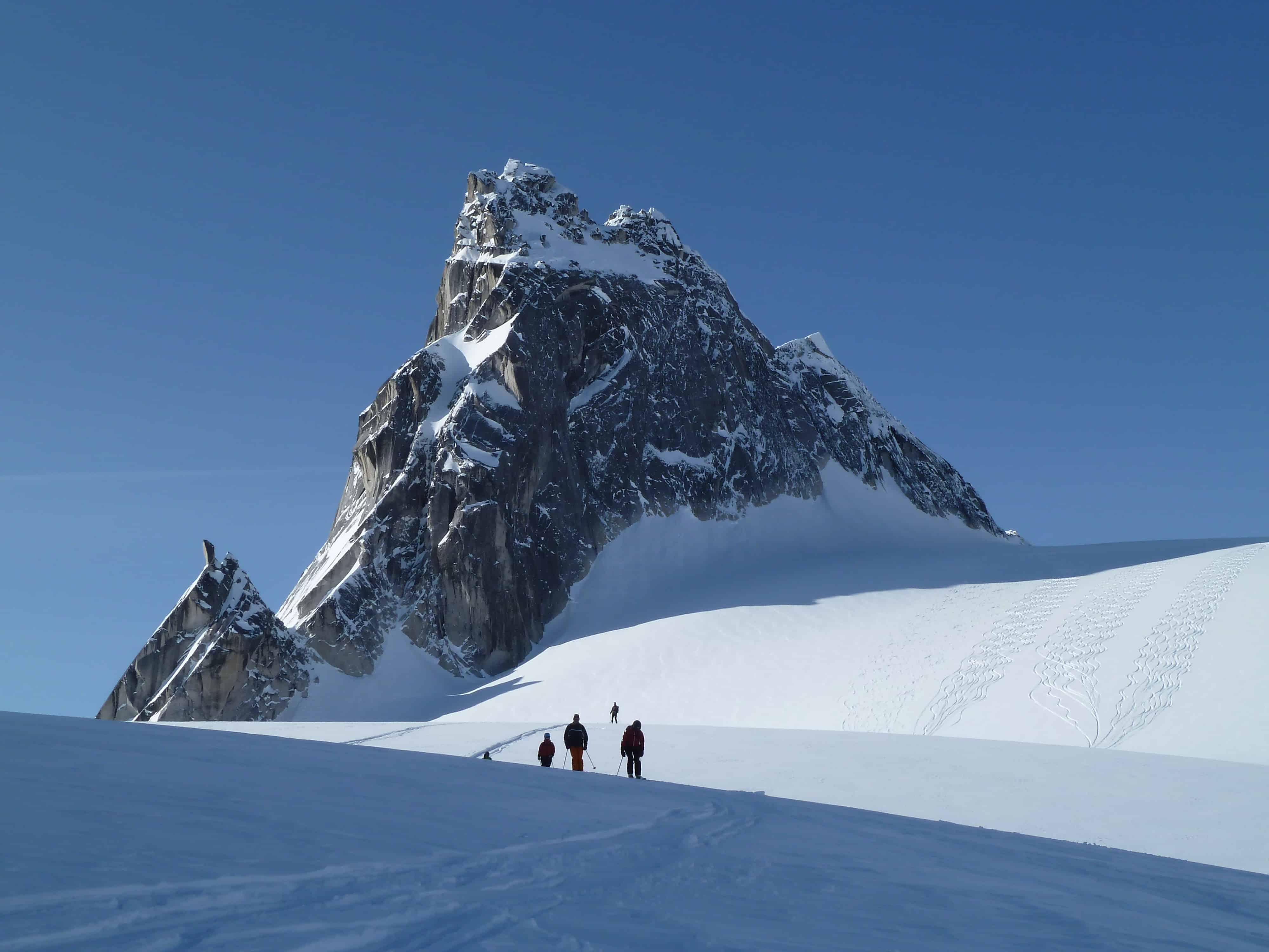 Heliski & Skitouren Kamchatka-0